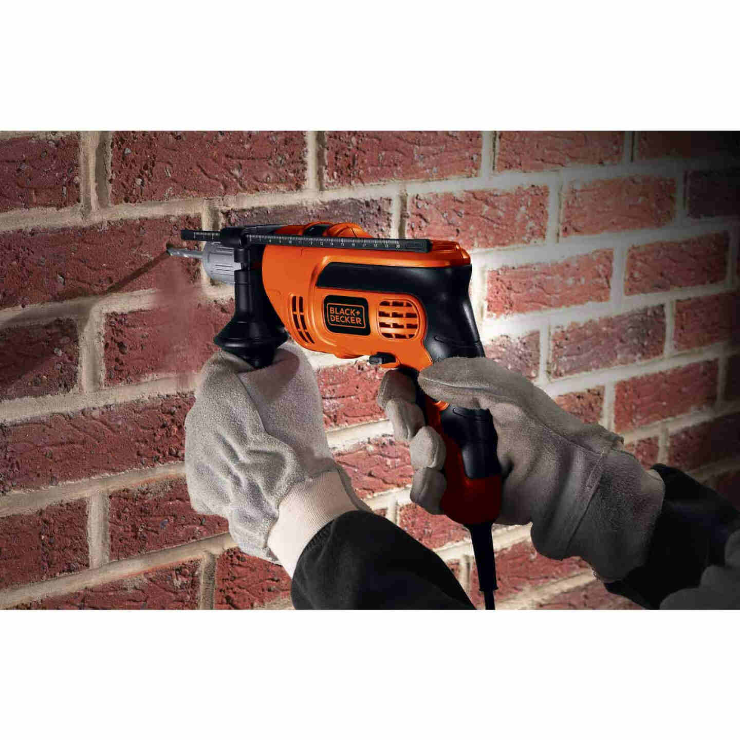 Black and Decker 1/2 In. 6.5-Amp Keyless Electric Hammer Drill Image 3